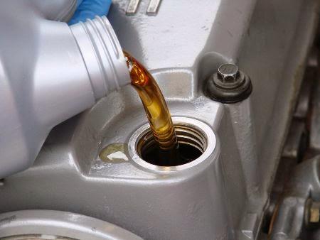 Nhiệm vụ và cách chọn dầu thủy lực phù hợp